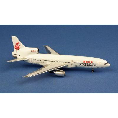 B737-9MAX United N67501