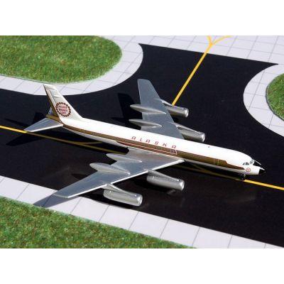 B767-300ER United N676UA